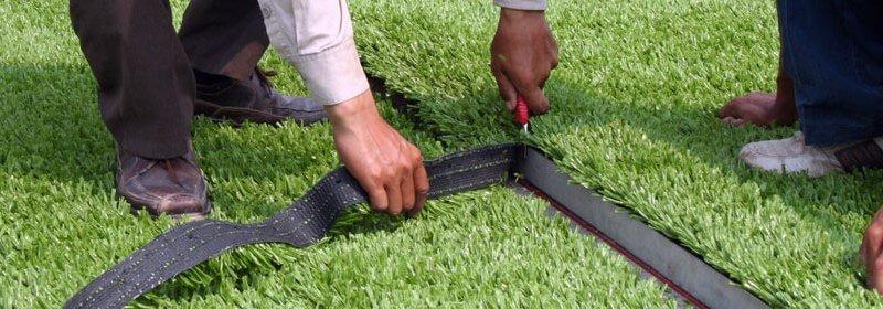 cortar cesped artificial