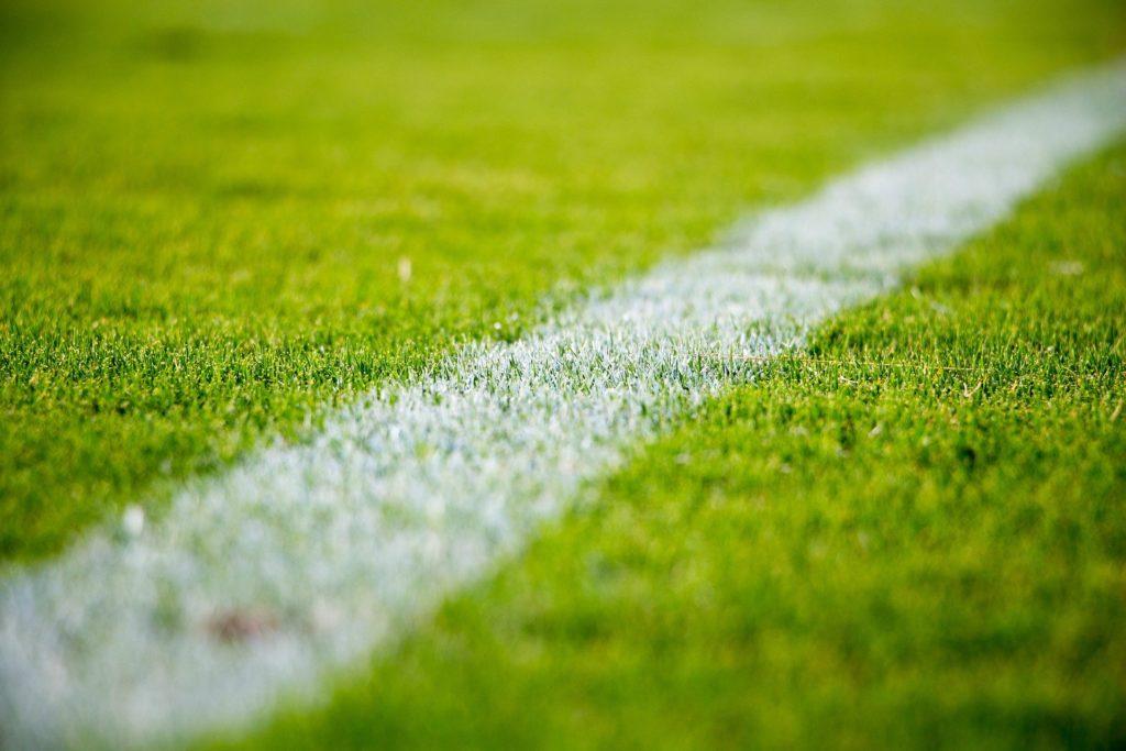 cesped artificial futbol